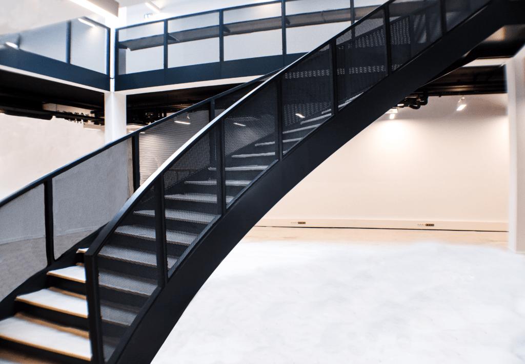 escalier métallique remis à neuf peinture métal