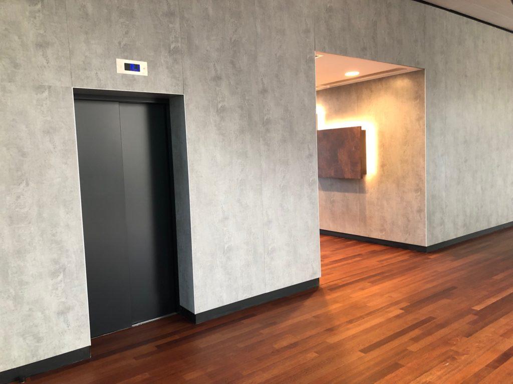 Portes d'ascenseurs métallique remise en peinture - peinture électrostatique